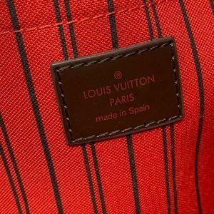 Louis Vuitton Bags - 100% Auth Louis Vuitton Wristlet/ Clutch Bag